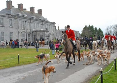 Horses and Hounds: Ireland | With Belles On
